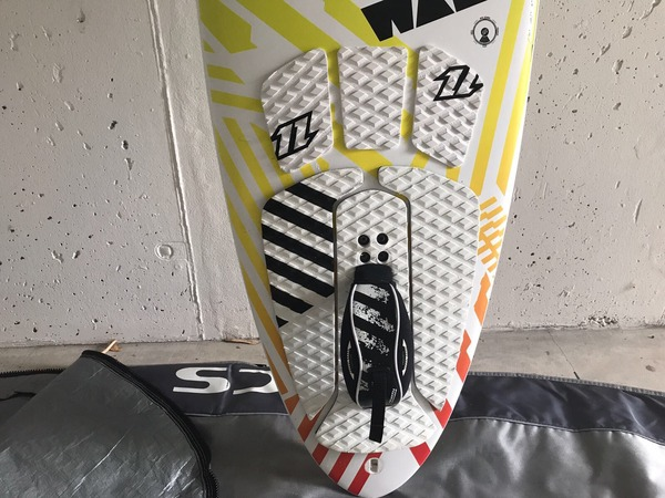 North - WAM 6.0 SURF BOARD