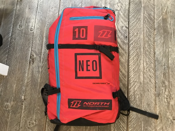 North - North Neo 10 2016