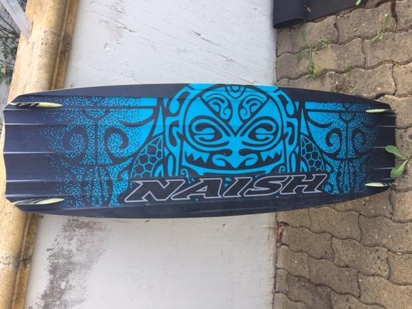 Naish - monarch