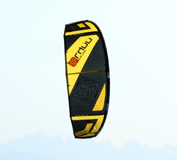 Peter Lynn - Kitesurf Peter Lynn Fury V3 13m Ala One Pump Kite anno 2017