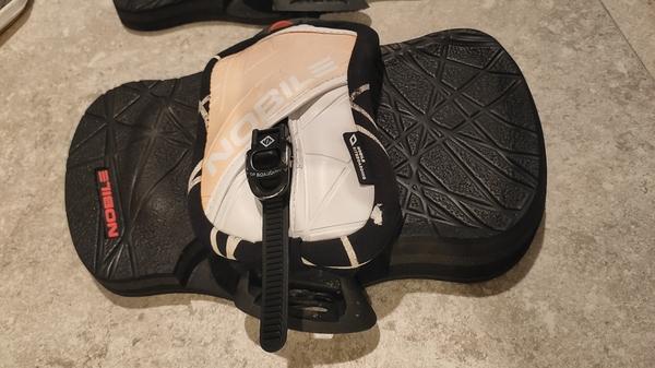 Nobile - Nobile Kiteboarding Pads e straps CLICK & GO IFS