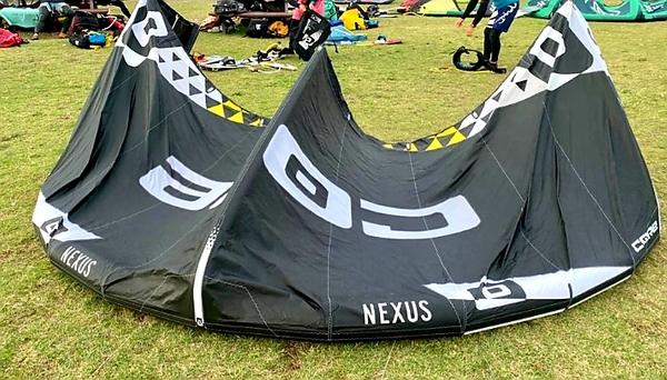 Core - Nexus colore Nero