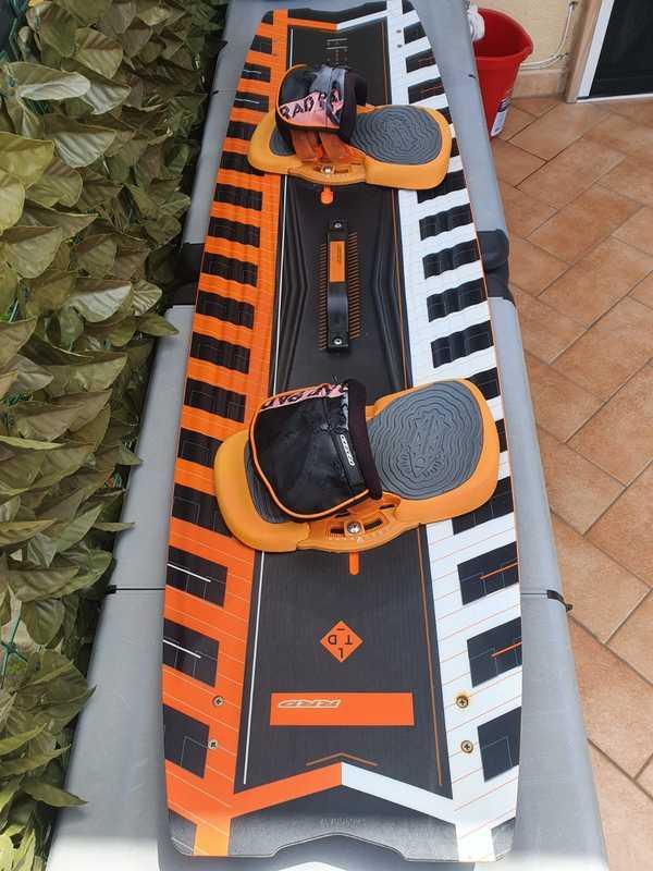 Rrd - POISON V6 ANNO LTD 136X40