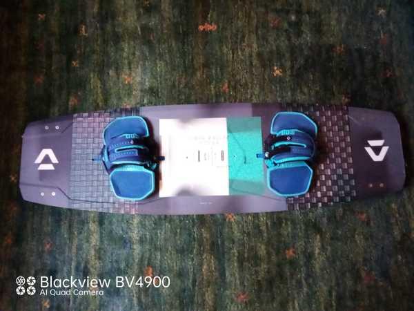Duotone - Team series Textreme 2020 in carbonio con straps