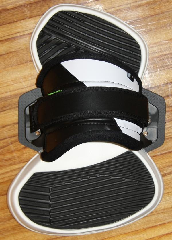 Yeti - EXCLUSIVE PRO Kiteboard Binding, Pads + Straps, size S