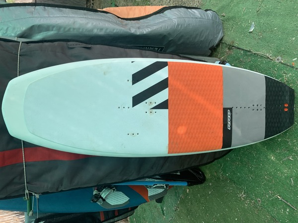 Rrd - dolphin y25