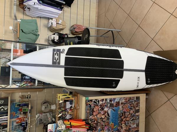 altra - Splus surfboard  Black hole 5.5