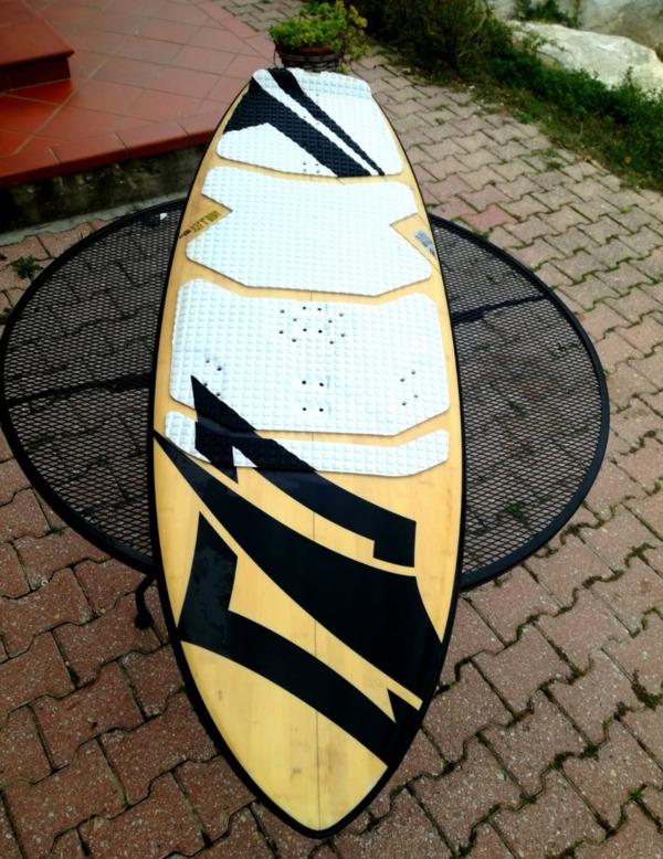 Naish -  Surf 5.0 152 cm. Con attacco Hydrofoil