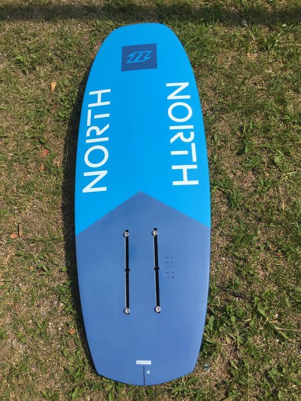 North - North Hydrofoil Speedster