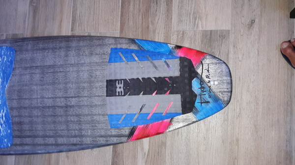 Hydro - Surf carbon