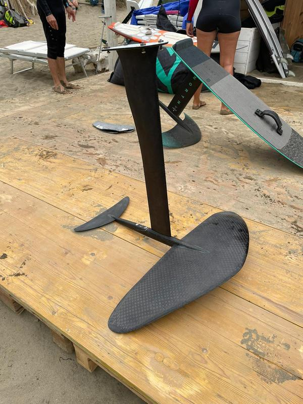 Temavento - Tavola Wing Foil + Piantone tutto full carbon