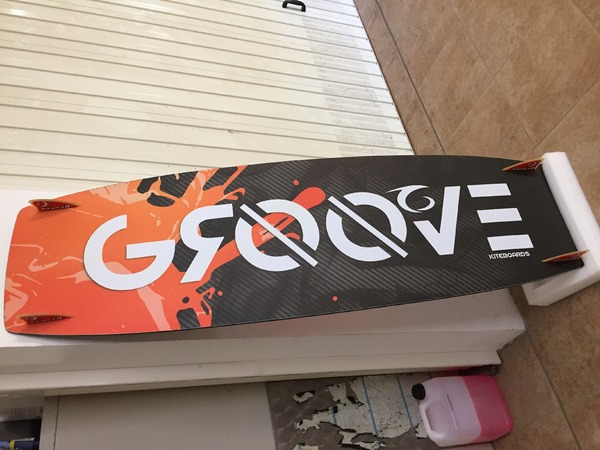 Groove -  5cento 148x47