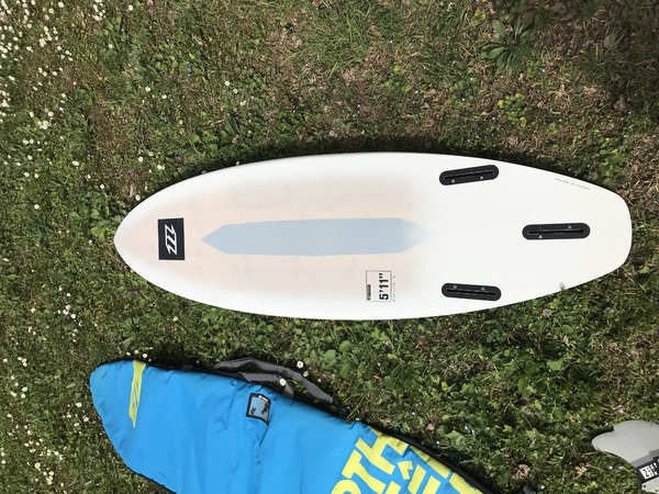 North - Pro surf 5.11no wam duotone whip