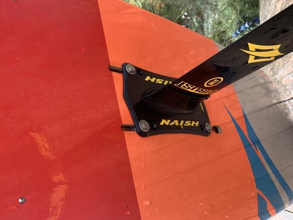 Naish - Hover 160 2019 + Thrust 90