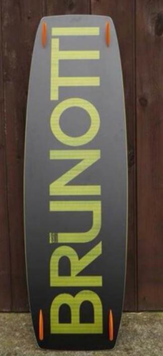 Brunotti - Buzz 136x41 + Pads