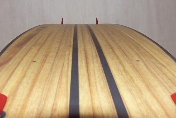 Radical Kiteboards - WOODY, 135x41cm.