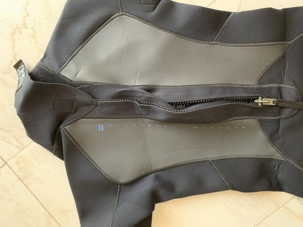 Billabong - Intruder back zip 2mm
