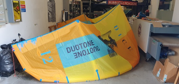Duotone - DICE 12